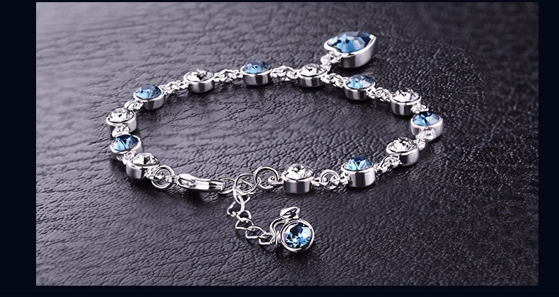 LYIYUNQ Fashion Bracelet Hot Wedding Female Heart Crystal Bracelets For Women Luxury Temperament Silver-Color Fine Jewelry Gift 3