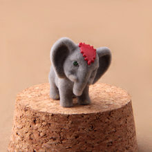 3cm random mini African Elephant landscape doll ornaments model Cute Action Figure Model Toy collection decoration gift(China)