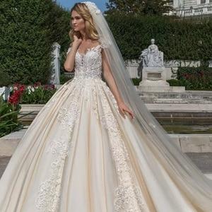 Image 3 - Vintage Vestidos Novias Boda Cap Mouw Luxe Baljurk Trouwjurk 2020 Met Sluier Robe De Mariee Princesse De Luxe gelinlik