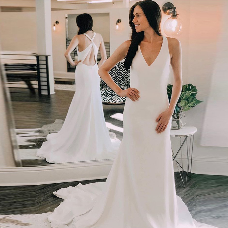 White Ivory V neck Beach Wedding Dress Mermaid Style Crisscross Back Chapel Train Vestido De Novia