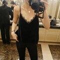 Vestido de Festa Sexy Halter Top Feminino Tanque Rendas Encabeça Mulheres V Pescoço Veludo brilhante Chic Spaghetti Strap Regatas Camisole Vest Primavera 2017