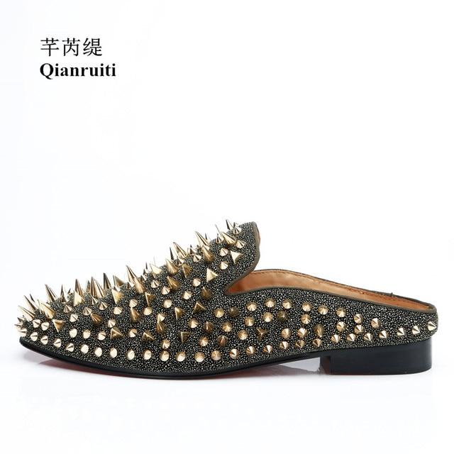 Qianruiti Men Gold Spike Shoes Slip-on Mules Rivet Glitter Loafers Men  Rhinestone Slippers EU39-EU47 Men Casual Shoes 74507abea789