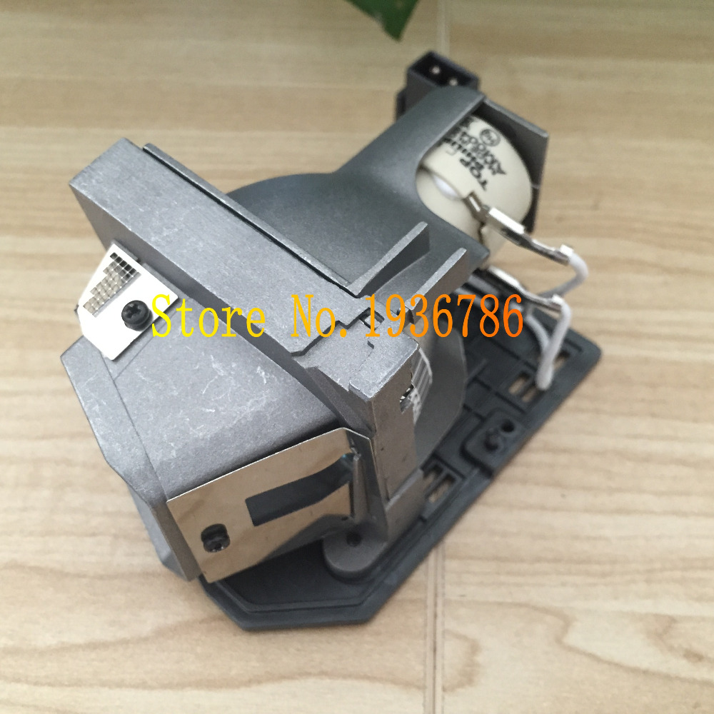 купить Original Optoma BL-FU240A / SP.8RU01GC01 Lamp For DH1011,HD30B,HD25-LV,HD25,HD2500,HD131X,EH300,HD30,HD25-LV-WHD Projector