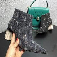 Шикарные женские ботинки на металлическом каблуке; женская обувь с острым носком, украшенная блестками и стразами; короткие ботинки на молн