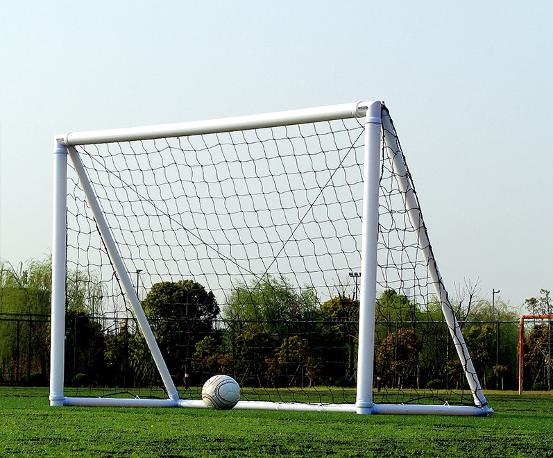 4 Person Inflatable Soccer Goal Portable Air Football Goal For Training And Match 2.4mx 1.6m With Hand Pump 2goal/set