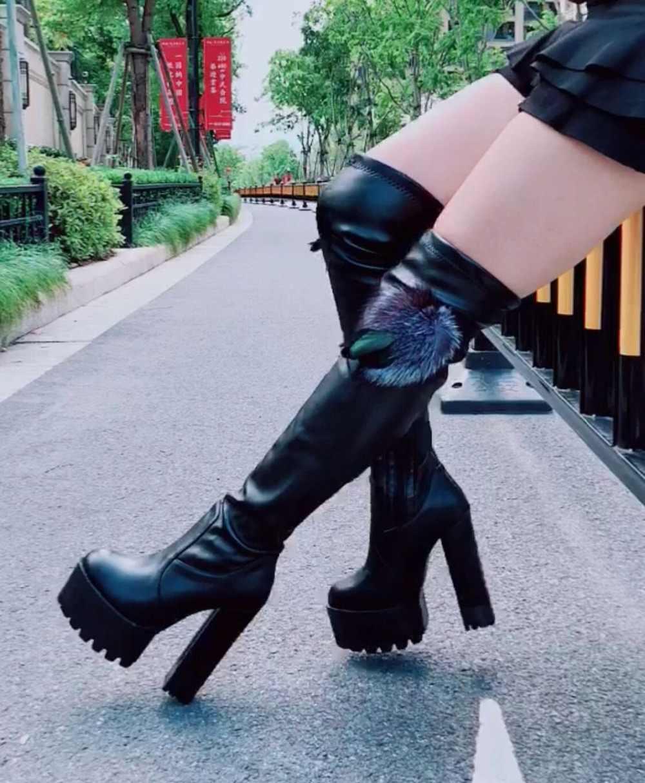 2018 mùa đông mới khởi động của phụ nữ Hàn Quốc cao gót trên khởi động đầu gối 15 cm siêu cao gót sexy cộng với nhung dài khởi động
