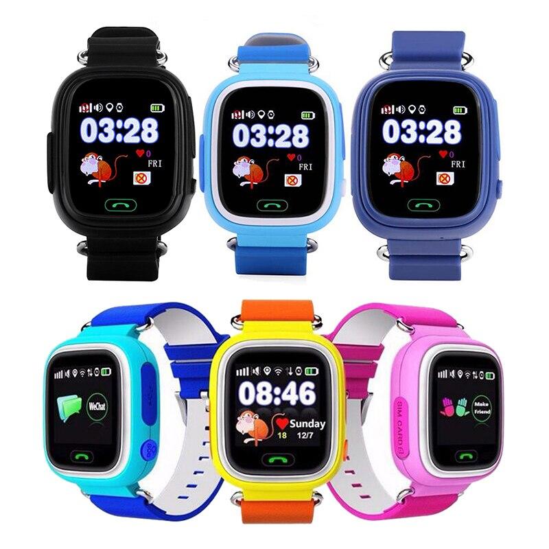 Q90 Posição Crianças Relógio GPS Criança Telefone Do Relógio Inteligente 1.22 polegada Cor da Tela de Toque WIFI SOS Crianças Inteligentes Assistir Inglês
