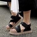 2017 Novos sapatos de mulher Sandálias Planas Sandálias Romanas de Couro PU Sapatas do verão Tamanho Grande Mulheres Flip-flop Sandália Sapatos tamanho 34-43 ML06