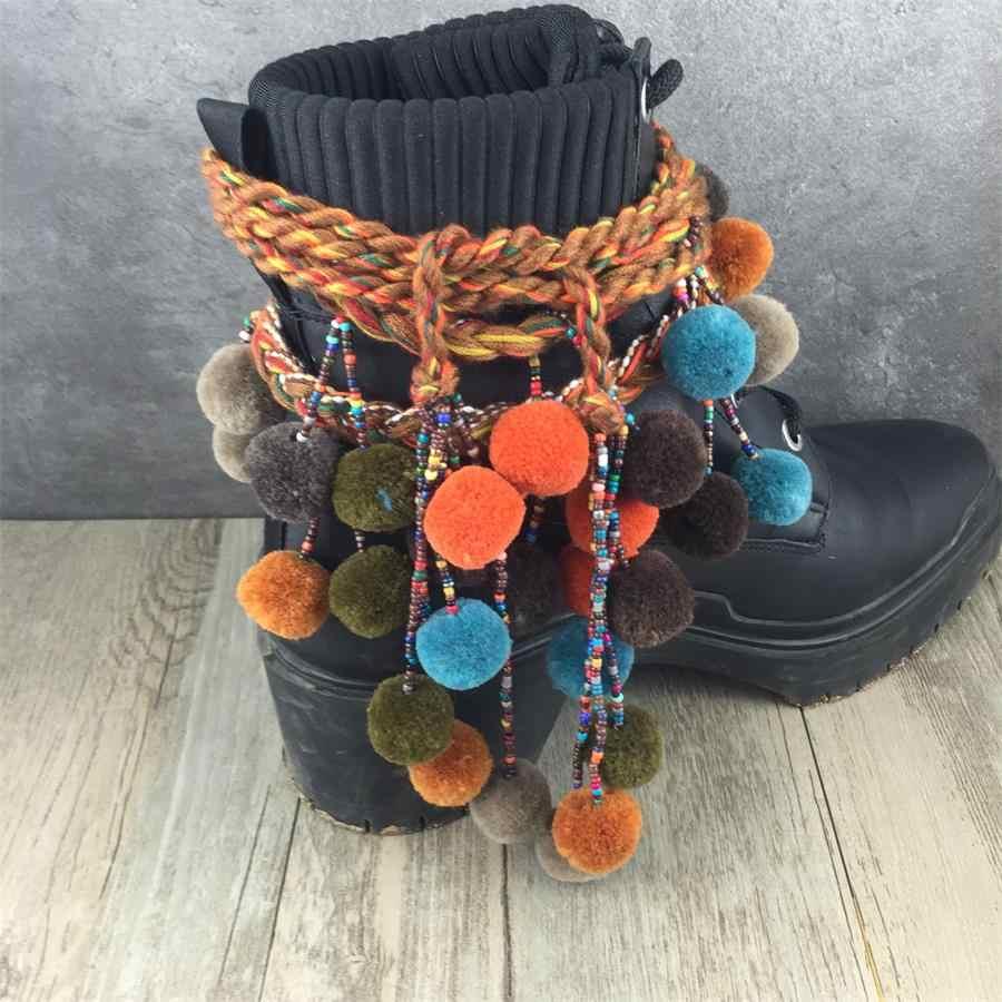 Женская зимняя обувь; украшенная цепочка в богемном стиле; бахрома; помпоны; пояс с кистями для ботинок