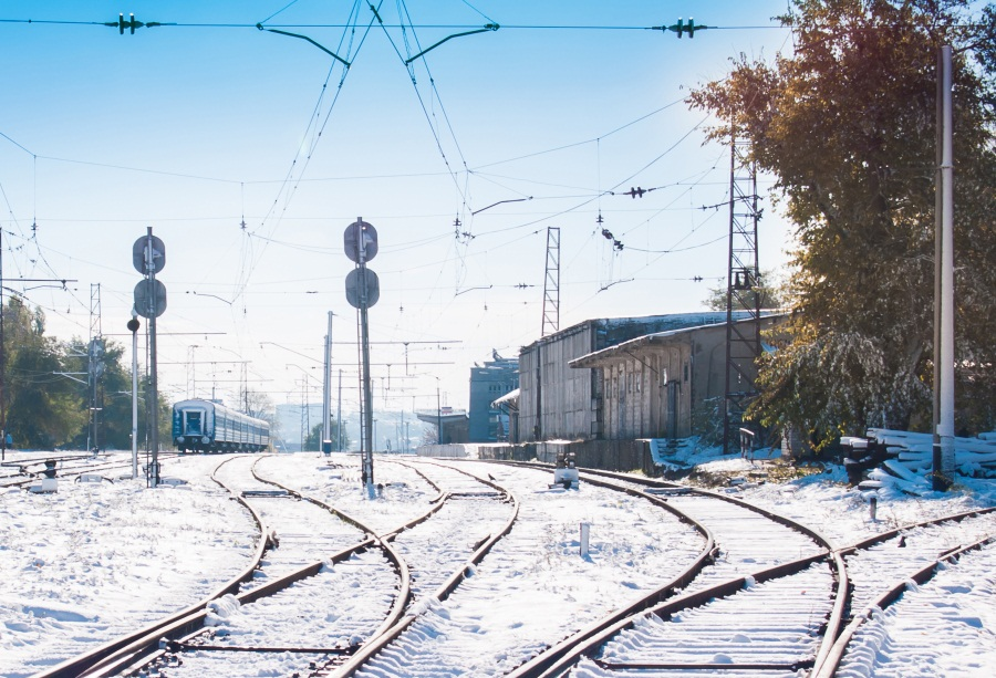Laeacco Winter Snow Railway Train Photography Backgrounds Customized Photographic Backdrops For Photo Studio
