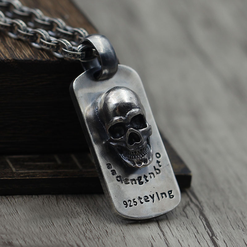 S925 silver jewelry to create three-dimensional retro Skull Necklace Pendant Silver tag old all-match personality