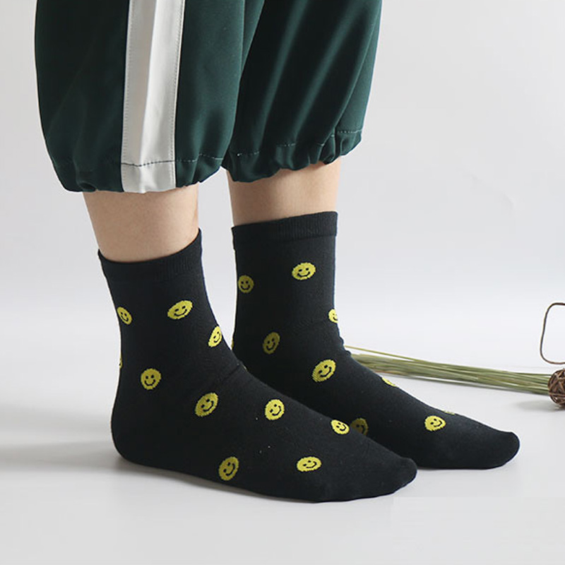 Novelty 3 Pack Women Cute Combed Cotton Face Expression Smile Emoji Kawaii Socks Girl Students Meias Harajuku Sneaker Sokken
