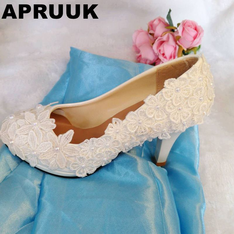 HANDMADE lace white wedding shoes women plus large sizes platforms bridal shoes proms dress shoes woman extra large plus sizes 41 42 43 flats wedding lace shoes womens female woman bridal flat heel wedding flats shoes large sizes