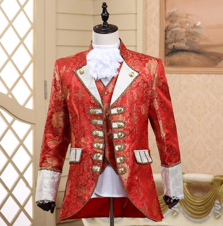 Rouge 2018 Robe Scène Nouveau Rétro Européen Stade Américain bourgogne Chanteurs Cour blanc Et Costumes De Hommes OA7cOwq0Br