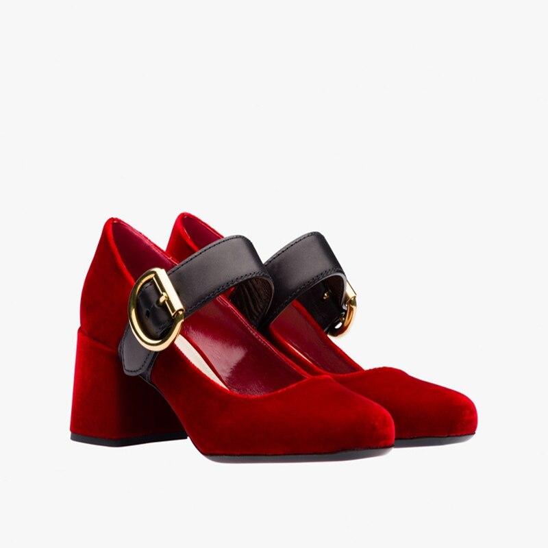 Grosso Sapatos De Salto Alto Preto Vermelho Azul Parte Superior De Veludo Dedo Do Pé Redondo cinto de fivela mulheres bombas 2017 new fashion simple elegante banquete sapatos(China (Mainland))