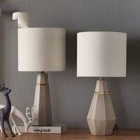 Современные светодиодный настольная лампа Блеск геометрические алмазы настольные лампы для Спальня прикроватной тумбочке абажур Abajur Lampara