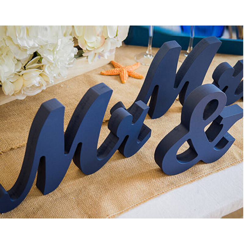1 Set Mr & Mrs WEDDING LETTERS Valentine Wedding Decoration White Black Mr AND Mrs Letters Sign Gift