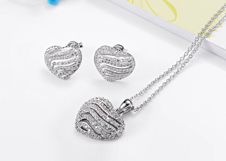efdc94d79c90 925 plata esterlina boda joyería nupcial establece mujeres moda 2018 CZ  Zircon collar Stud Earrings AT005