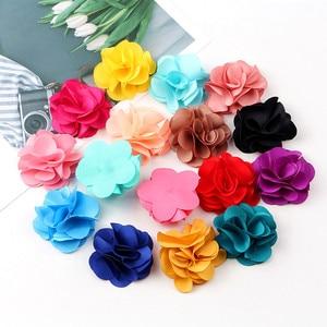 Image 5 - 100 Pcs לערבב צבעים מיני שיפון בד פרח עבור הזמנה לחתונה פרחים מלאכותיים עבור שמלת קישוט