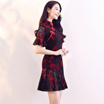 77b668b7678 Новое поступление Для женщин кружевные пикантные Винтаж Cheongsam Новинка  китайский Стиль воротник-стойка платье женские вышитые короткие Qipao .