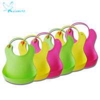 Kalameng Feeding Meal Pocket Baby Waterproof Rice Pocket Bib Imitation Silicone Baby Soft Bib