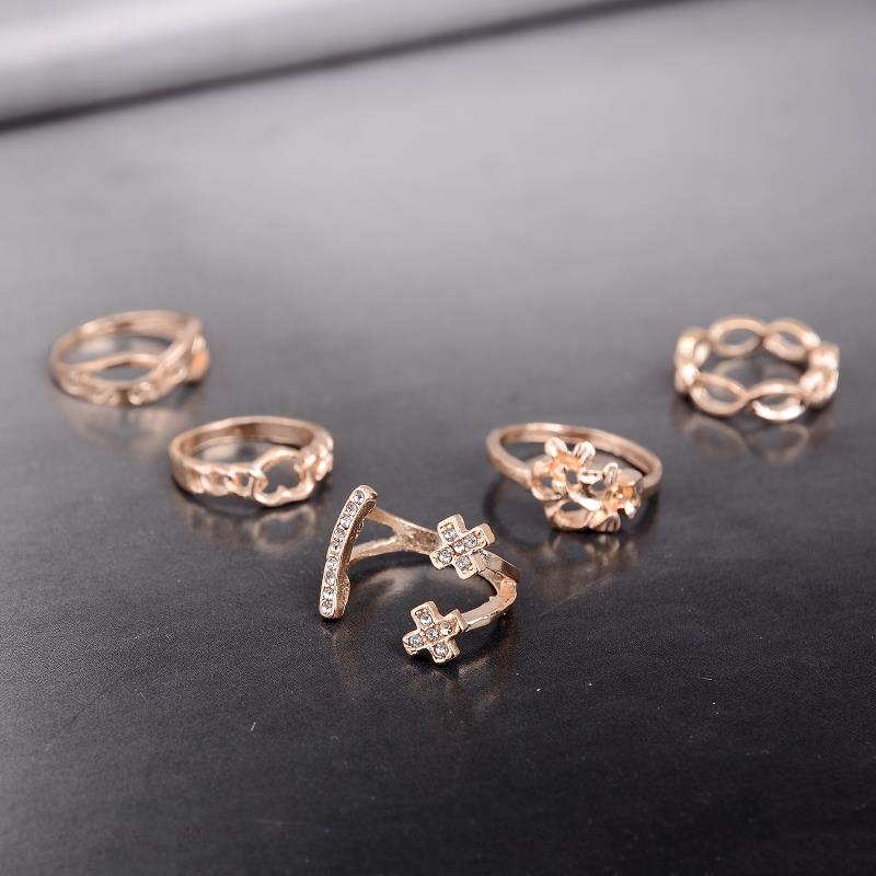 New Punk Jewelry Golden Cross Flower leaf Geometric Finger Ring Set Midi Gothic Band Knuckle Rings For Women Wholesale Cheap