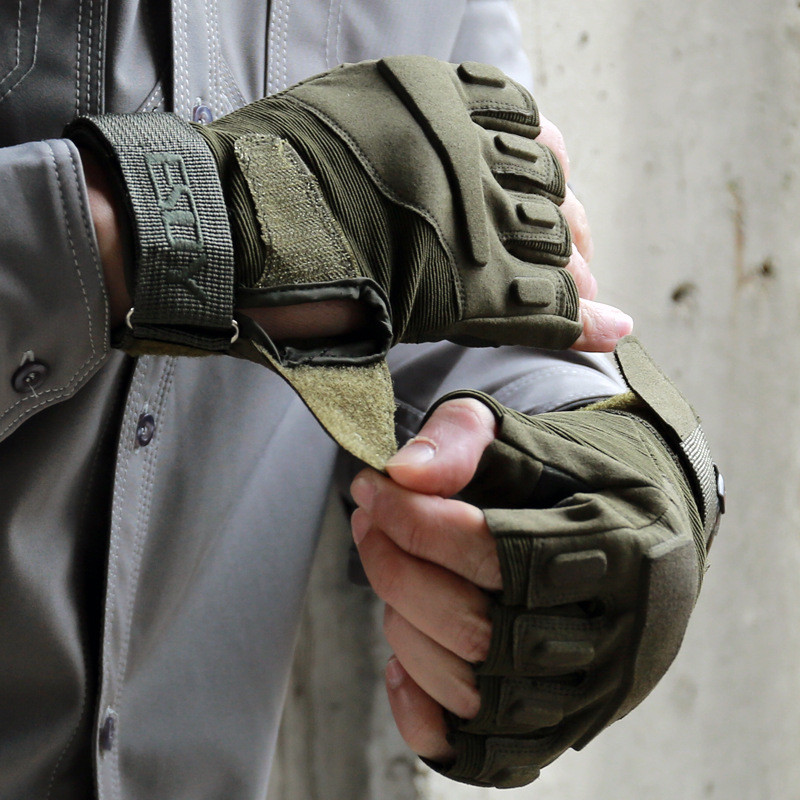 Galleria fotografica 2019 New Men's Outdoor Army Military Tactics Hiking Shooting Hunting Gloves Camo Sport Half Finger Gloves