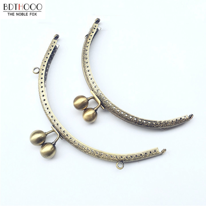 15.5 Cm DIY Clutch Bag Frame Semicircle Metal Purse Frame Handle Handbag Accessories Making Kiss Clasp Lock For Bag Accessories