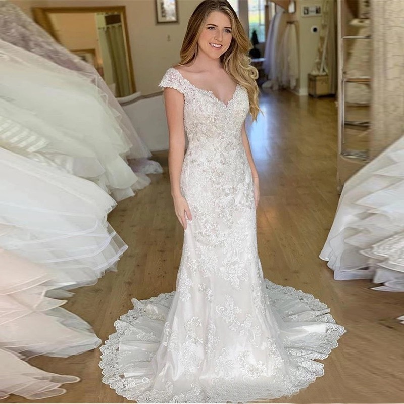 Cinderella V-Neck Cap Sleeves Floor Length Tulle Lace Applique Hand Work Mermaid Wedding Dresses Lace Wedding Bridal Gowns