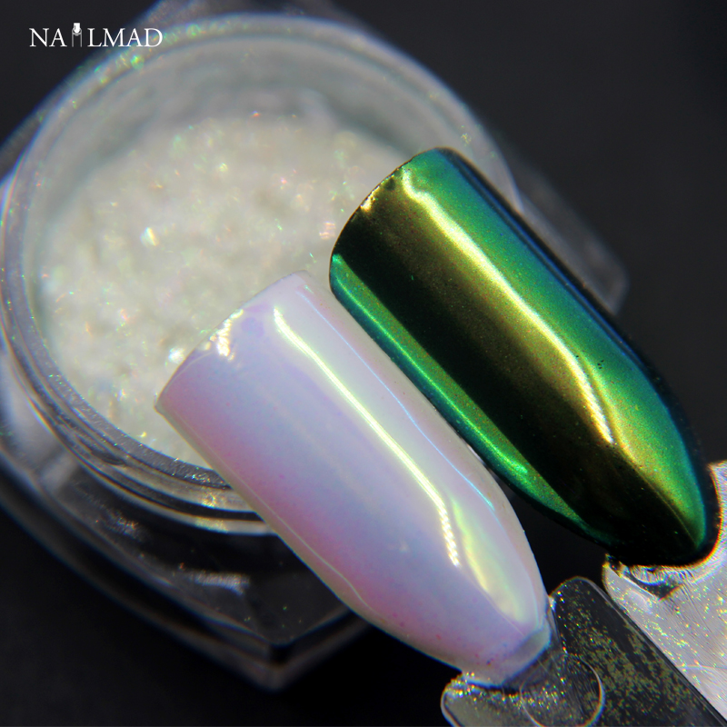 0,2 gramů NailMAD Unicorn Chrome prášek na nehty Chrome Pigment Mermaid Powder