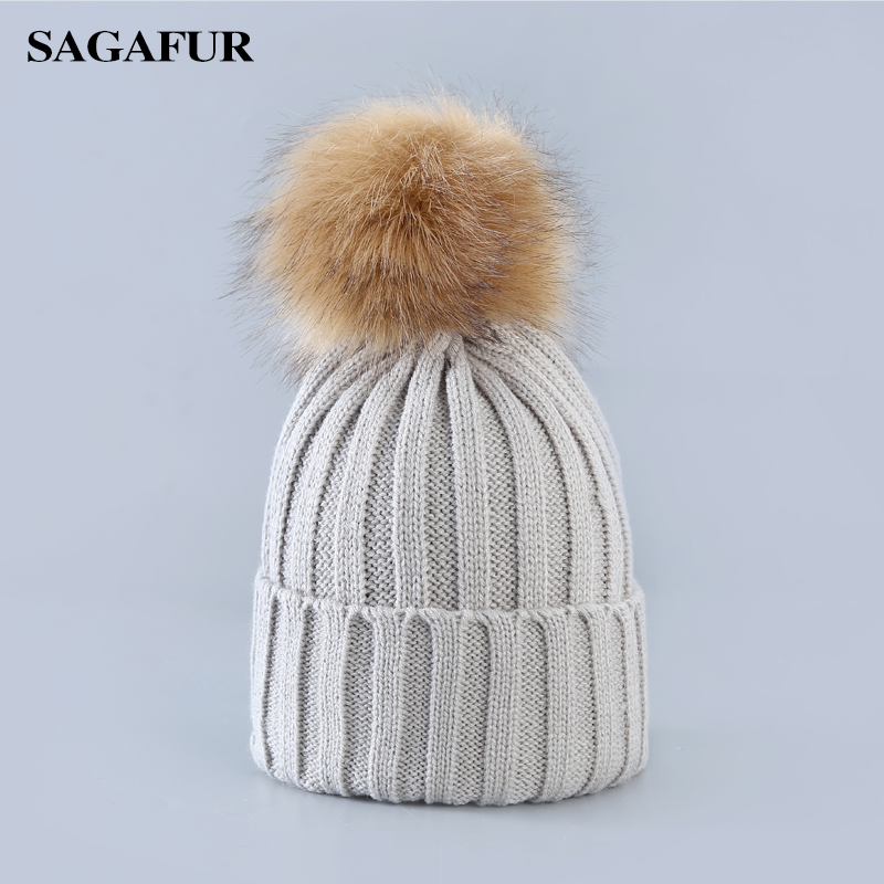 Soft Warm Cap Women's Winter Beanies For Girl Elegant Pompoms Hat Female Fashion Accessory Casual Skullies Beanies For Ladies