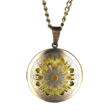 Aroma Diffuser Round Open Bronze Lockets Pendant Brass Perfume Essential Oil Aromatherapy Locket Necklace Metal Woman Jewelry цена