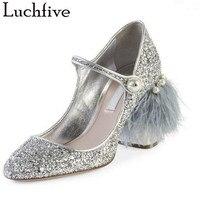Luchfiveฤดูใบไม้ผลิเงินขอบขนรองเท้าส้นสูงรอง