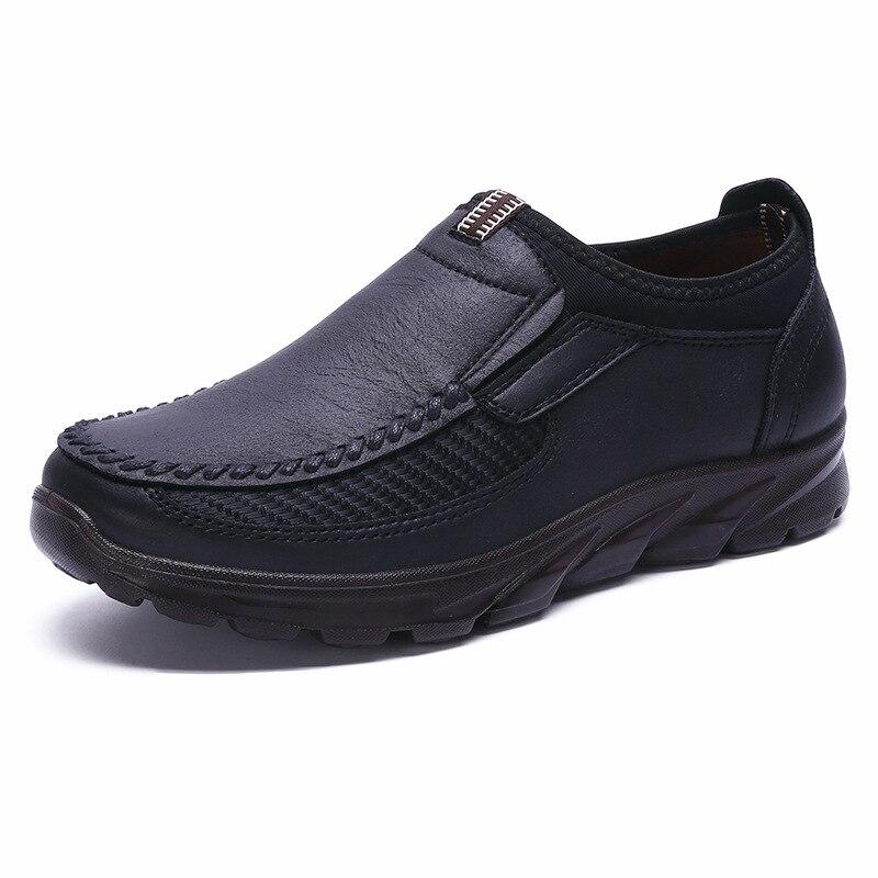 Venda quente Homens Sapatos Slip-On Respirável Soft-Sola sapatos de Inverno Moda Casual Luz Plana Mocassins Dos Homens de Luxo Da Marca flats Sapato Masculino 48