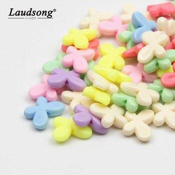 Lote de 50 unidades de cuentas de plástico baratas de 13x18mm con forma de mariposa, cuentas acrílicas de colores caramelo, accesorios de joyería DIY para niños