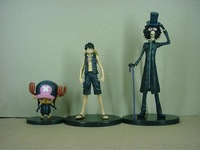 Anime One Piece Film Gold Ver. Luffy Chopper Brook PVC Action Figure Collectible Model Toy Keychain Key Ring 3pcs/set KT2976