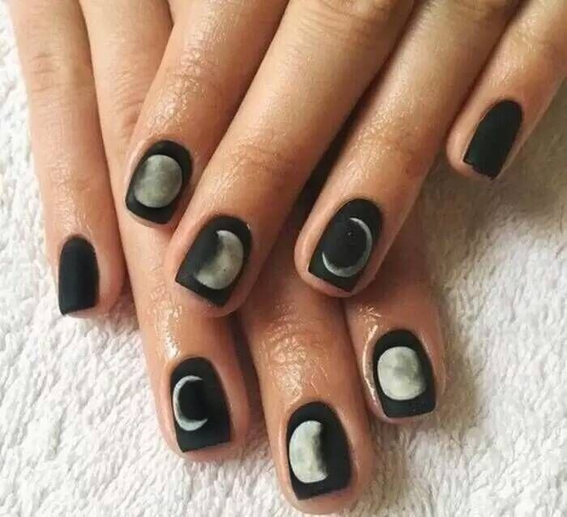 24Pcs Simple Short Fake Nails Black Moon Eclipse Square Artificial ...
