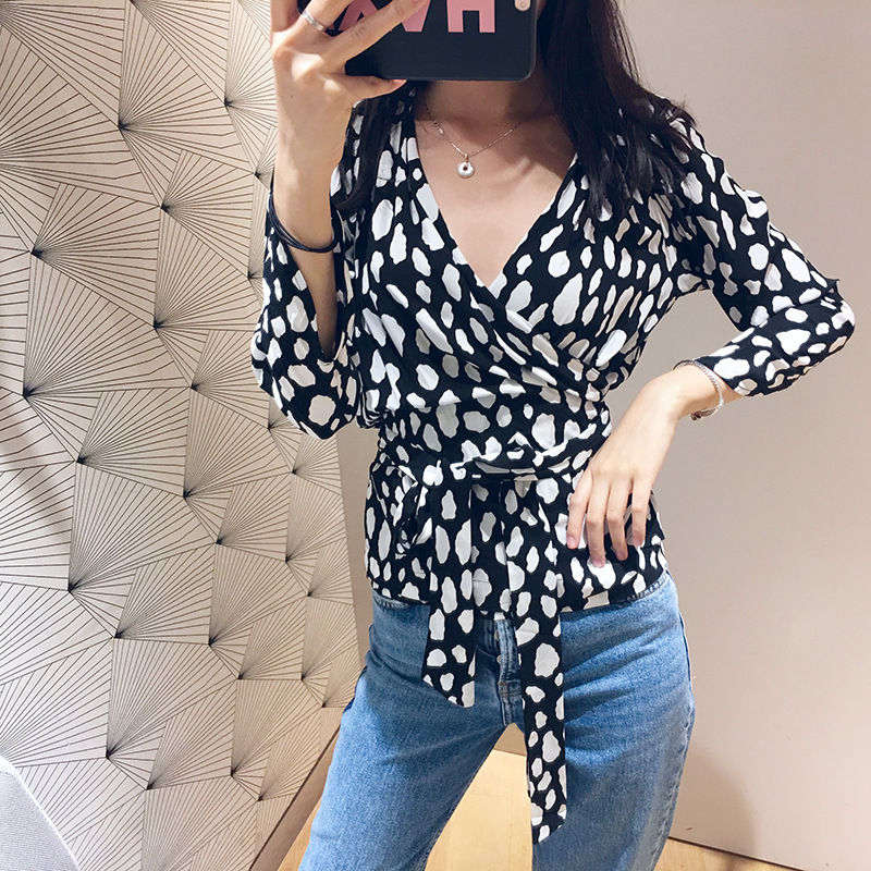 Women Shirt 2019 Spring and Summer Print V neck Slim Tie with Long sleeved Shirt