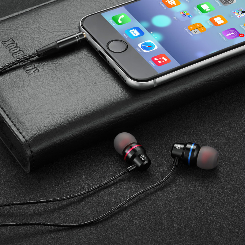 Metal Headphones Super Bass Earphone With Mic Stereo Music Headset Stereo Music Earbuds for Xiaomi iPhone 5/6/6s 7