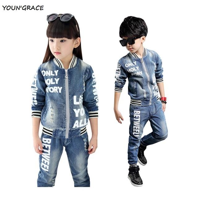 Nuevo diseño de otoño de algodón traje de mezclilla para niños y niñas de los niños de la marca de carta imprima sudaderas ropa de los niños ocasional, YC071