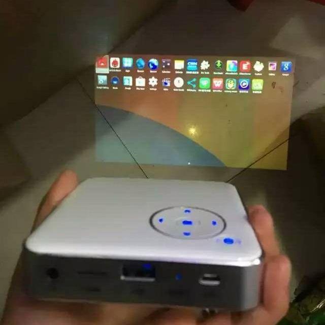 Nueva Wifi HD 1080 P LLEVÓ el Mini Proyector Móvil TF USB de Cine en Casa Inteligente Venta Caliente de La Nueva