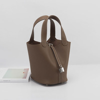 2019 new basket packages togo bucket bags famous brand designer drawstring tote bag high quality composite bags