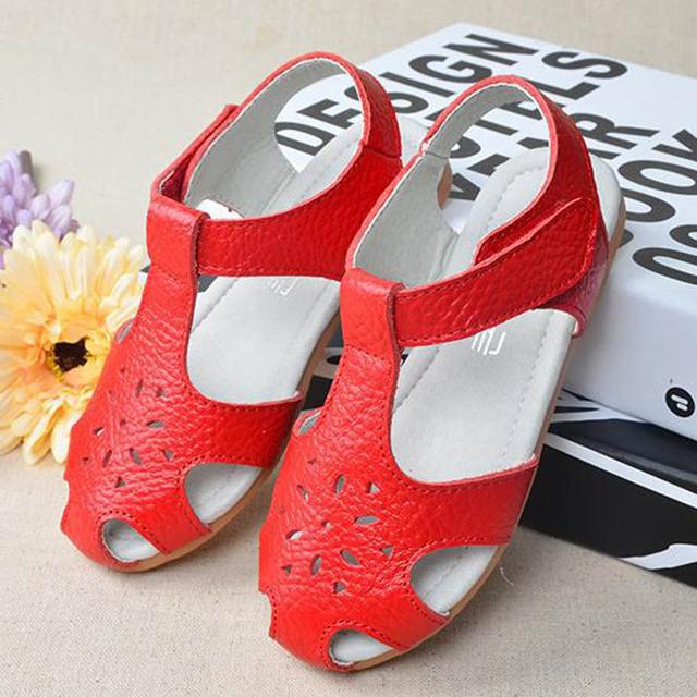 2017 de luxo de couro genuíno da criança meninas sandálias cut-outs de verão meninas da criança shoes infantil menina sandálias de couro sandálias de verão
