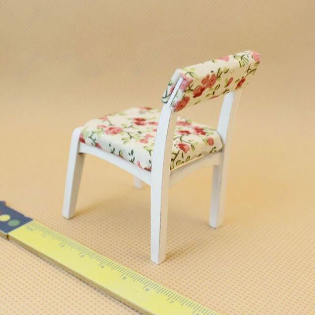 Handicraft 1:12 Dollhouse Miniature Safflower cloth dining chair furniture toys match New girls kids gift