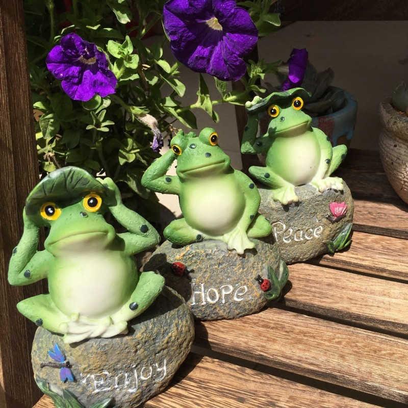 Cute Frog Decorative Stone Garden