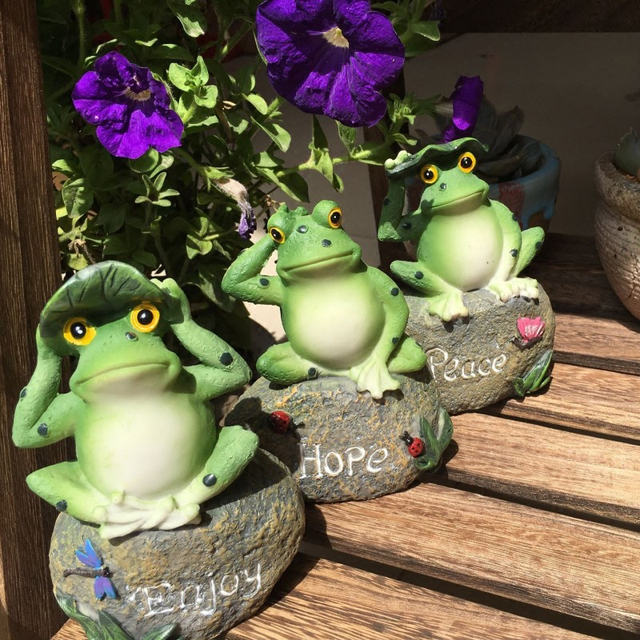 Cute Frog Decorative Stone Garden Statues And Ornaments Outdoor Lawn Yard Cartoon Animal Gnome Art Accessories