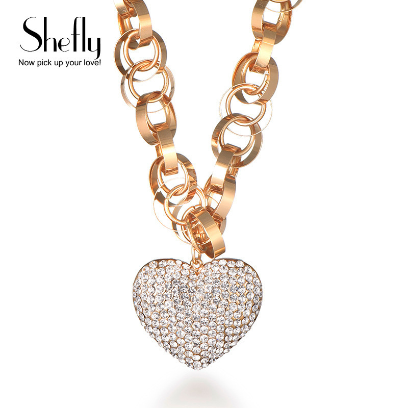 Collier en coeur de cristal pour femme