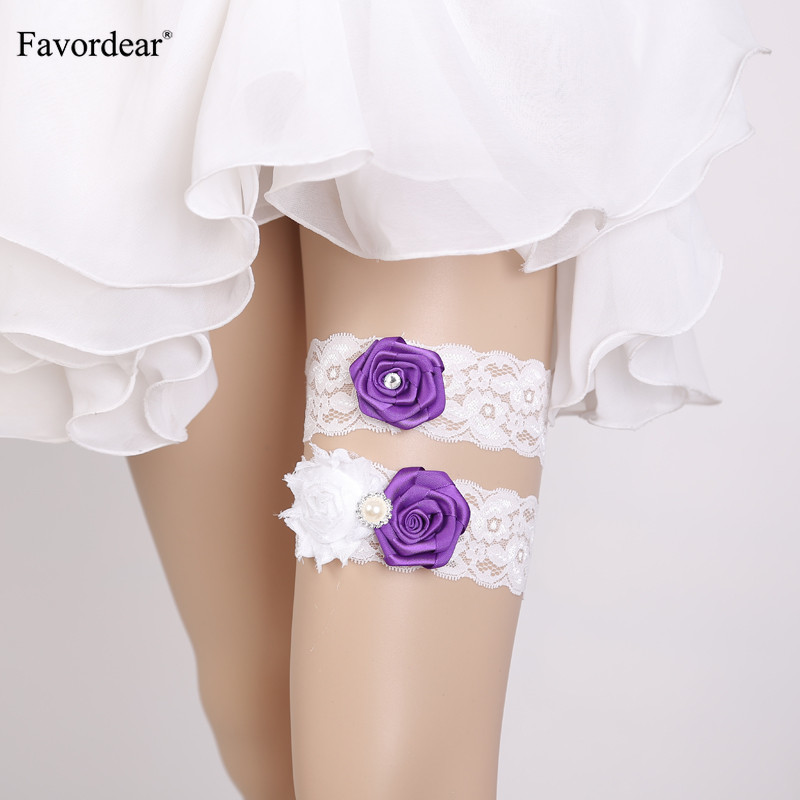 Favordear Wedding Garter Three Flowers White Lace Sexy Garters for Women/Female/Bride Beading Thigh Ring Bridal Leg Garter