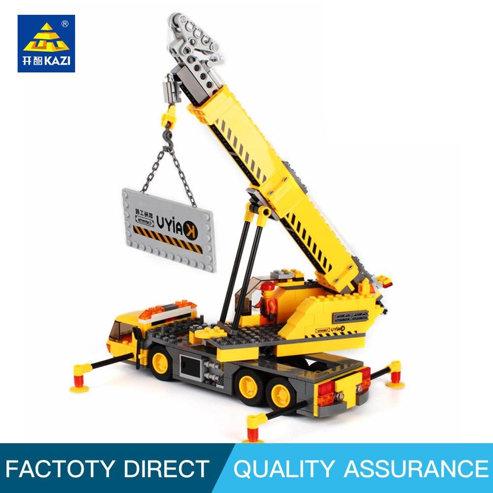 KAZI 8045 City Engineering -auton rakennuspalikoita myydään 380 kappaletta, jotka ovat yhteensopivia jalka-asteen lasten lelujen kanssa