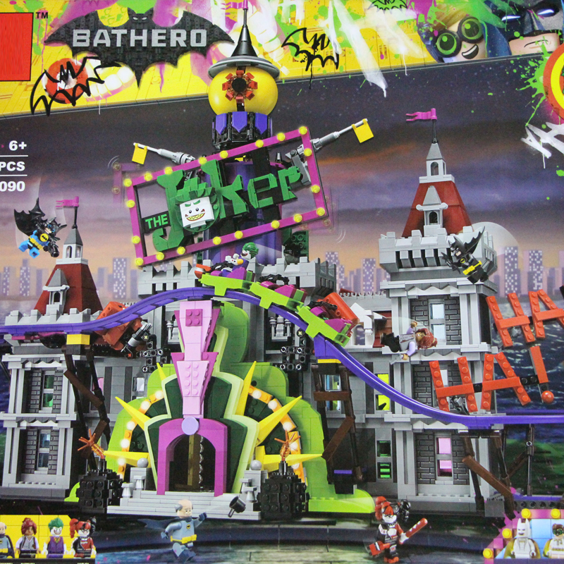 Batman The Joker`s Manor Set 07090 Hot-sale 3857Pcs Super Hero Series Movie 70922 Building Blocks Bricks Christmas Kids Gifts moc 1128pcs the batman movie bane s nuclear boom truck super heroes building blocks bricks kids toys gifts not include minifig